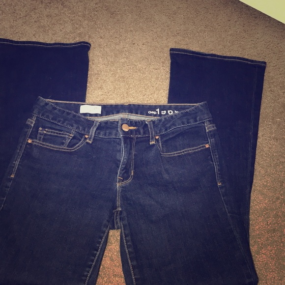 GAP Denim - Gap 1969 Curvy 26s